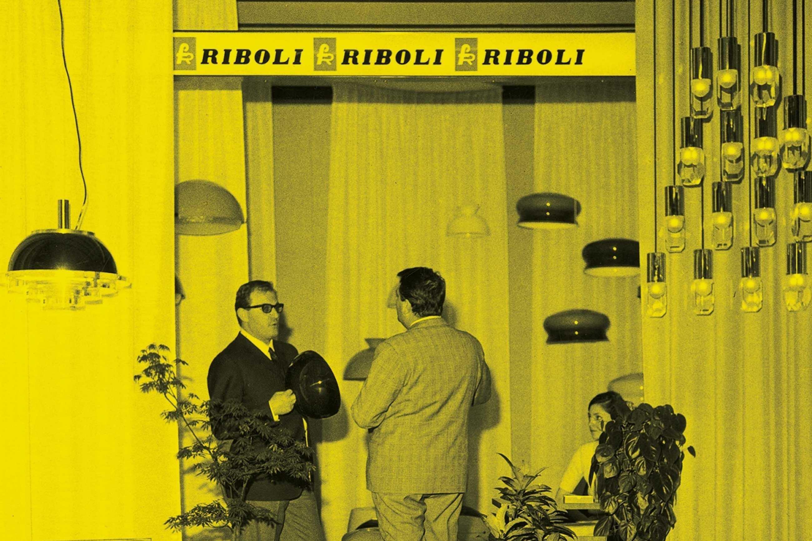 Franco Riboli nello stand RIBOLI alla Fiera Campionaria di Milano del 1964